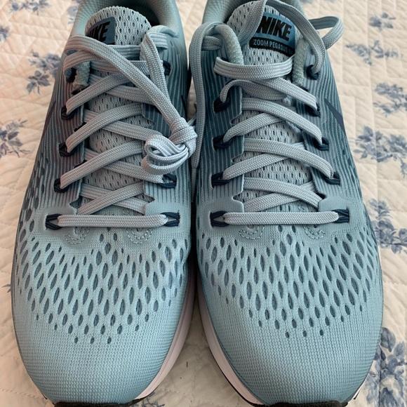 reputable site bb2ae 050e3 Nike Air Pegasus 34 Womens size 8.5